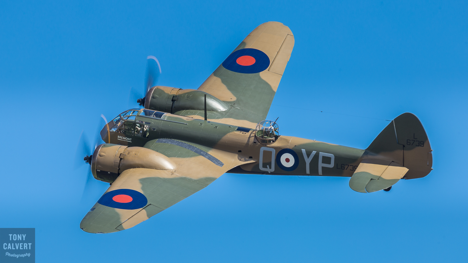 Wing to Wing with the Bristol Blenheim